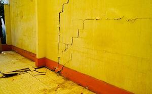 Trabajan en mitigación de riesgos por grietas en San Juan de Aragón