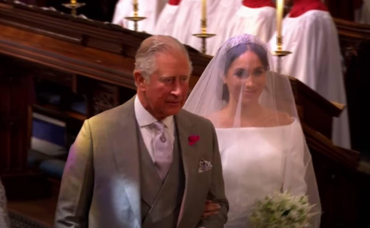 El coro de la boda de Harry y Meghan respalda a Carlos de Gales
