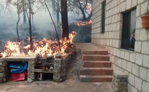 Fuerte incendio en la Sierra de Arteaga
