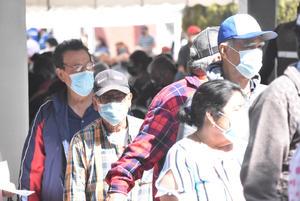 Llegarán 5 mil vacunas contra COVID-19 más para 'abuelitos' de Monclova