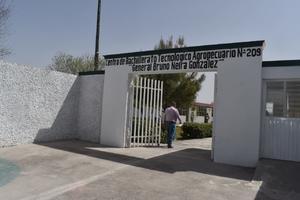 Investigan a maestro del CBTA 209 de San Buena por acosar a 3 alumnas