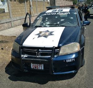 Asesinan a balazos a ocho policías en Coatepec Harinas