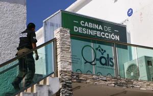 Clausuran laboratorio mexicano que hizo test de covid a turistas argentinos