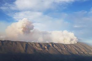 Coahuila en alerta por incendio en Sierra de Arteaga; desalojan más comunidades