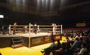 Regresó la lucha libre con aficionados en Guadalajara