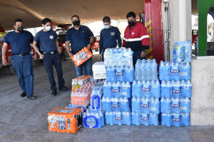 Acopian en bomberos apoyo para brigadistas