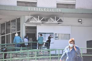 Pacta IMSS convenios con empresarios de Monclova para pago de cuotas