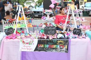Felicitan y destacan la labor de los artesanos en San Buenaventura