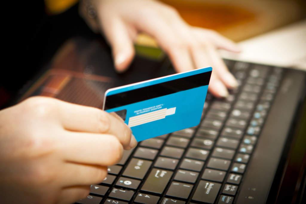 Mexicanos ven más riesgo de estafas en ventas por internet