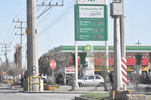 Gasolina seguirá aumentando y podría llegar a los 23 pesos