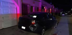 Le desgracia auto a vecino en Monclova