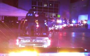 Policía de Oaxaca se dirige a Guelatao para protestar ante AMLO