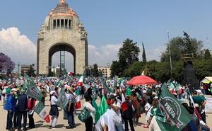 Frenaaa marcha contra AMLO 'Por el Amor a México' en CDMX