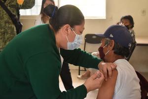 Son vacunados 110 ciudadanos que no alcanzaron la dosis en San Buenaventura