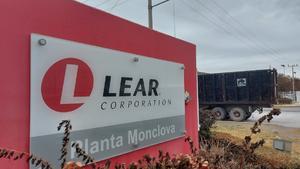 Laboran 150 en la empresa Lear en Frontera