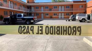 Atacan a tiros a una pareja dentro de hotel en Culiacán