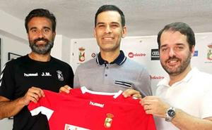 Rafael Márquez deja de ser técnico en España