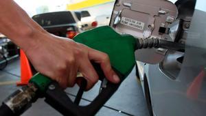 Incrementos de 20 centavos diarios sufre precio de gasolina en la Región Centro