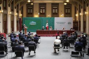 AMLO y gobernadores firman Acuerdo Nacional por la Democracia