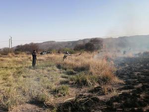 Consume incendio 20 hectáreas de pastizal