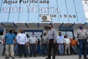 Negocia SIMAS deudacon agua Santa María