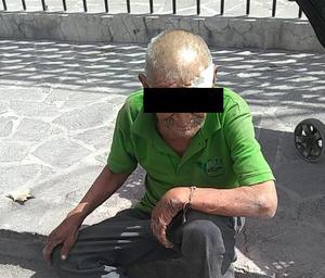 Abuelito se cae de su propia altura en Monclova
