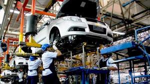 Tiene producción automotriz caída del 16% en 2020