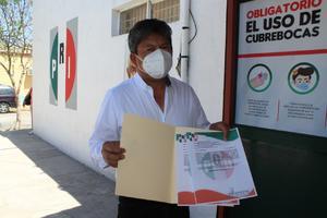 Militante renuncia al PRI en Monclova tras 30 años de apoyo