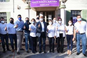 Se registra Mario Dávila como candidato del PAN por alcaldía de Monclova