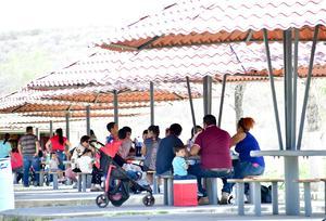 Visitantes muestran respeto al ecoparque en Monclova