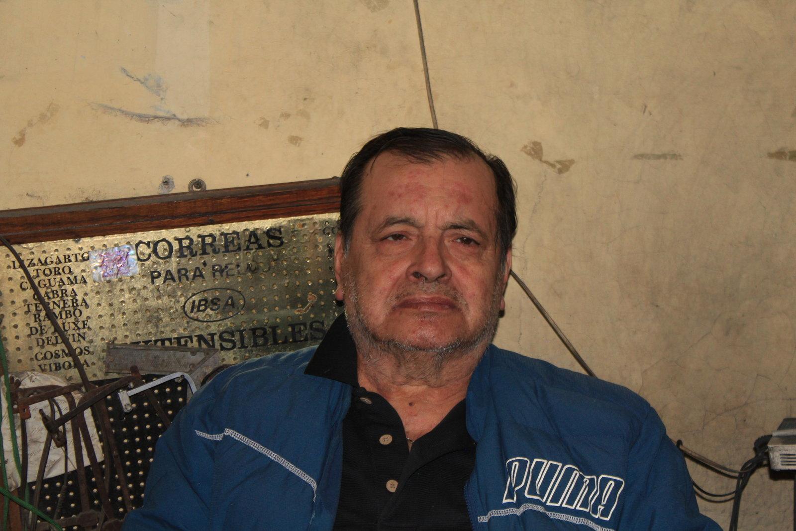 Entre joyas y diamantes, Don José labra su vida en Monclova