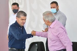 Suman esfuerzos AMLO y Riquelme en visita a Coahuila