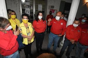 Se registra Lupita Murguía en el IEC como candidata del PRI en Monclova