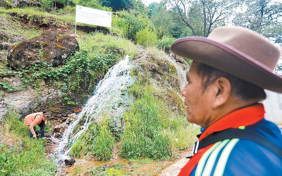 Sobreviven sin agua por más de 4 años en poblado de Oaxaca