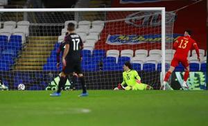 Denuncian racismo contra dos jugadores de Gales