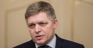 Primer ministro eslovaco cede su puesto para salvar crisis gubernamental