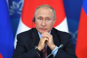 Putin dice que sintió 'malestares menores' tras vacunarse