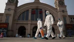 China suma 15 nuevas infecciones del virus, todas provenientes del extranjero