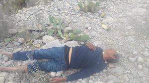 Golpean y tiran a ex policía en Monclova