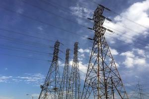 AMLO: Se respetarán contratos vigentes en materia energética