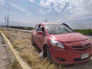 Conductor termina volcado en el Salinas de Gortari en Frontera