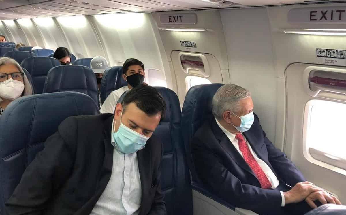 AMLO viaja a Tabasco; informará sobre apoyos a damnificados