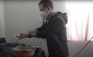 Ricardo Anaya celebra el Día del Taco 'en la fila de las tortillas'