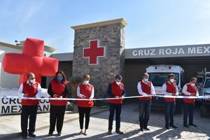 Inaugura Riquelme base de la Cruz Roja en Cuatro Ciénegas