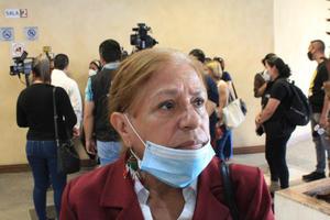 Niega Delfina acusacionesen demandalegal