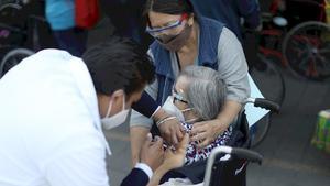 México reporta 454 nuevas muertes y 5,381 nuevos contagios por coronavirus