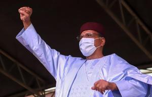 Mohamed Bazoum es investido como nuevo presidente de Níger