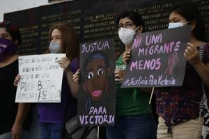 Regresan a El Salvador los restos de Victoria Salazar