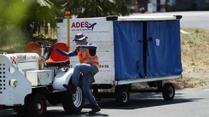 Llegan a El Salvador los restos de migrante asesinada por policías en México