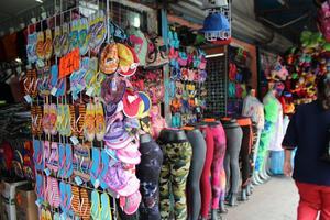 Siguen comerciantes sin incrementar sus ventas en Monclova